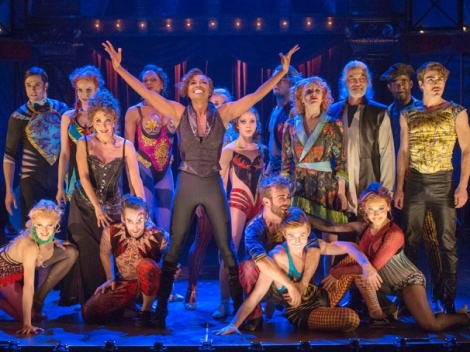 Atual elenco de Pippin, do  American Repertory Theater