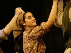 """A jovem Chava, em """"Um violinista no telhado"""""""