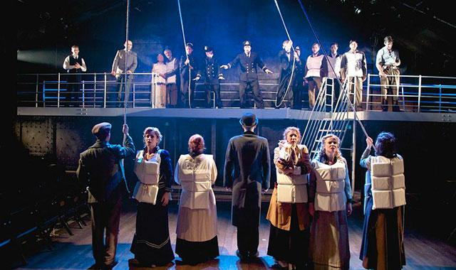 """Cena de """"Titanic - O Musical"""" (Foto: Divulgação)"""