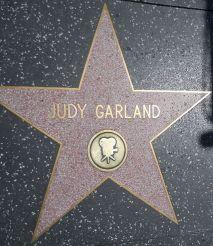 640px-Judy_Garland_star_HWF