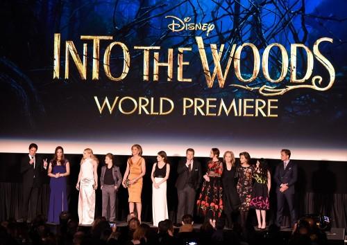 intothewoods-premiere-cast-500x354