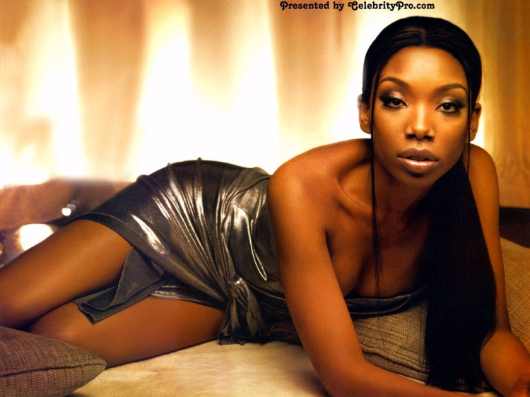 brandy-back-to-norwood-wallpaper