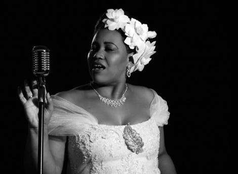 Lilian Valeska é Billie Holiday - Foto: Andrea Rocha
