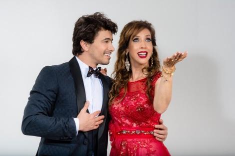 Kiara Sasso e Lázaro Menezes - Natal 2