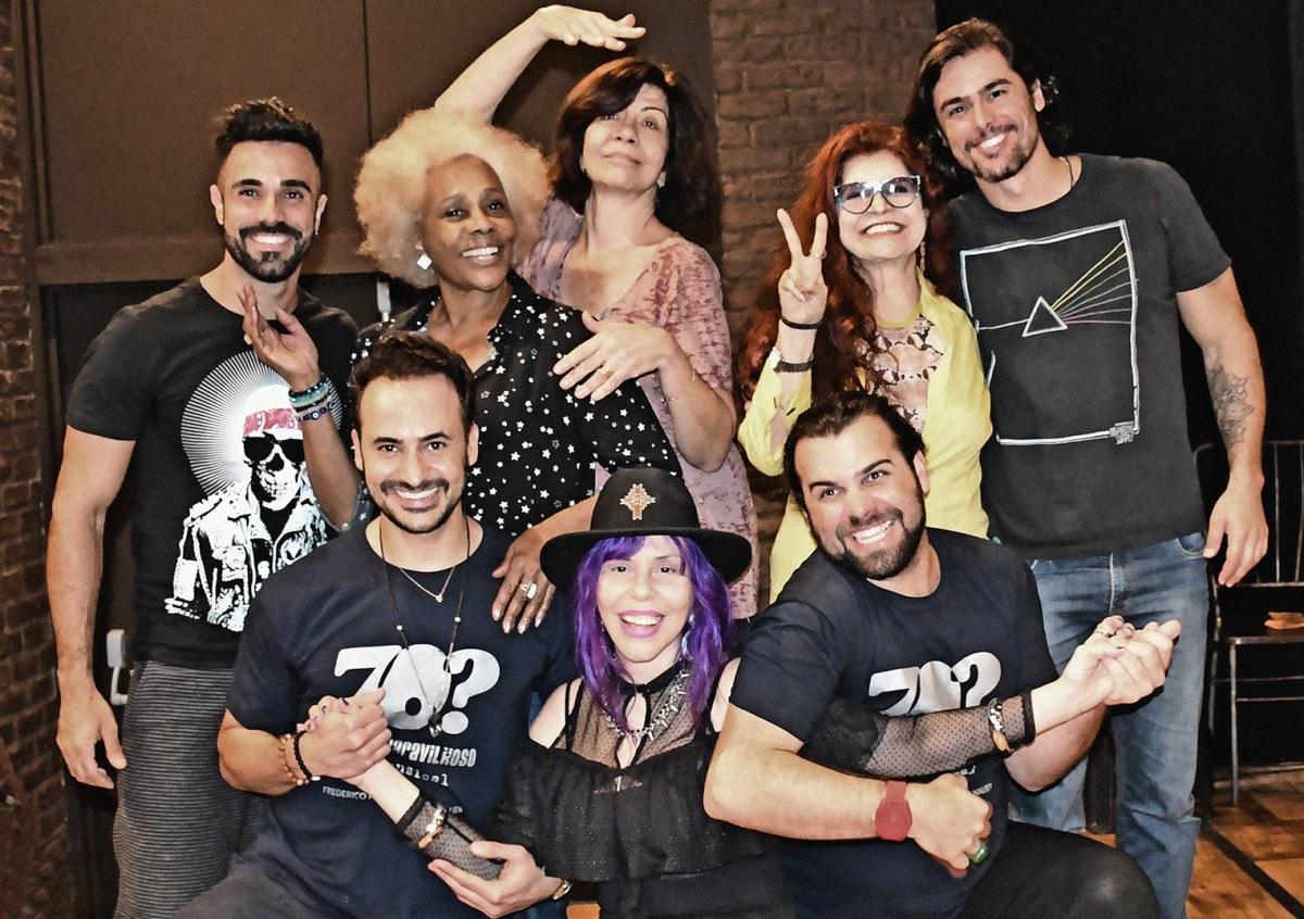 """""""70? Década do Divino Maravilhoso – Doc. Musical"""" estreia em São Paulo com As Frenéticas e Baby do Brasil"""